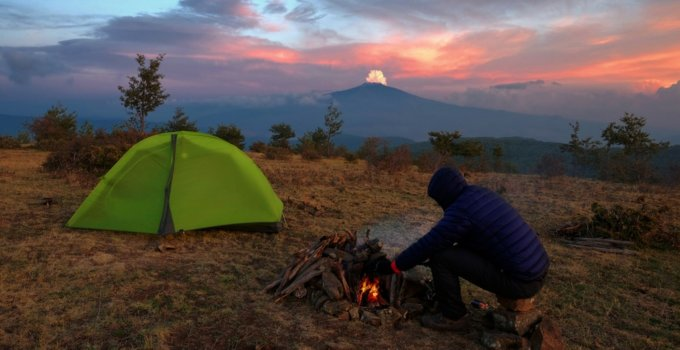 Staying Warm: The Benefits of an Insulated Tent